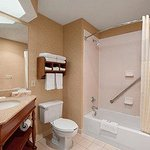 Photo de Baymont Inn And Suites - Lewisville