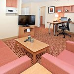 TownePlace Suites Ontario Airportの写真