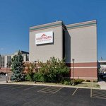 Hawthorn Suites by Wyndham Champaign