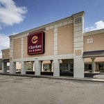 Clarion Inn & Suites Wichita