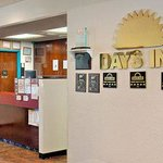 Days Inn Council Bluffs, IA 9th Avenue resmi