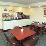Φωτογραφία: Days Inn and Suites Red Bluff