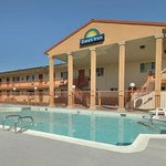 Foto van Days Inn and Suites Red Bluff