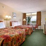 Photo de Days Inn Clarksville