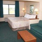 Photo de Days Inn Bloomington West