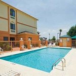 Photo of Days Inn & Suites Prattville