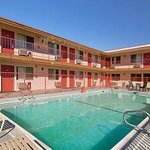 Photo de Days Inn Victorville