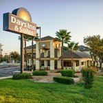Days Inn & Suites Huntsville