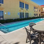 La Quinta Inn & Suites Dallas - Las Colinasの写真