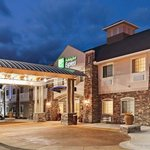 Photo de Holiday Inn Express Monticello