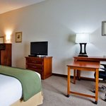 Holiday Inn Express & Suites Dublin resmi