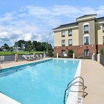 Foto van Holiday Inn Express Hotel and Suites Petersburg / Dinwiddie