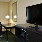 Foto van Holiday Inn Express Hotel & Suites Center Township