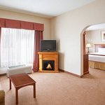 Photo de Holiday Inn Express Hotel & Suites Grand Blanc