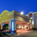 Holiday Inn Express Washington DC East - Andrews AFB Camp Springs