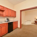 Photo de Holiday Inn Express Campbellsville