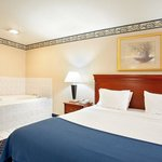 Holiday Inn Express & Suites Danville resmi