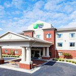 Photo of Holiday Inn Express Hotel & Suites Rocky Mount/Smith Mtn Lake