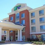 Photo of Holiday Inn Express & Suites Shreveport