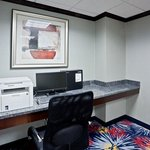 Photo of Holiday Inn Express Brookpark - Cleveland Airport