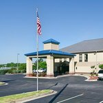 Φωτογραφία: BEST WESTERN Hiram Inn & Suites
