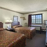 Φωτογραφία: Howard Johnson Express Inn - Denton