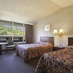 Howard Johnson Express Inn - New Brunswick resmi