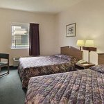 Howard Johnson Express Inn/Airport Louisville resmi