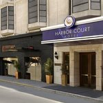 Photo de Harbor Court Hotel - a Kimpton Hotel
