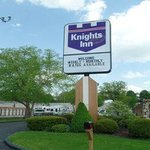 Knights Inn Greensburg resmi
