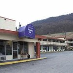 Knights Inn Bluefield resmi