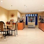 Microtel Inn & Suites by Wyndham Kingslandの写真