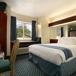 Microtel Inn & Suites By Wyndham Tulsa East