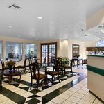 Photo de Microtel Inn & Suites by Wyndham Oklahoma City Airport