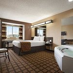 Microtel Inn & Suites by Wyndham Marion/Cedar Rapidsの写真