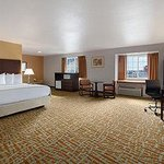 Foto de Days Inn & Suites Airway Heights/Spokane Airport