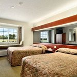 Microtel Inn & Suites by Wyndham Tunica Resortsの写真