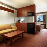 Microtel Inn & Suites by Wyndham Brunswick South Foto