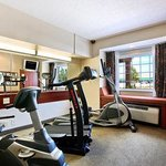 Microtel Inn & Suites by Wyndham Hattiesburgの写真