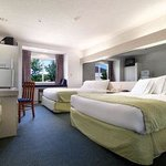 Microtel Inn & Suites by Wyndham Richmond Airport Foto