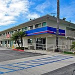 Motel 6 Los Angeles Whittier resmi