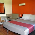 Motel 6 Carlsbad Downtown의 사진