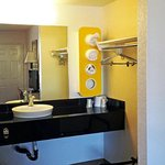Photo de Motel 6 Sacramento - Rancho Cordova East
