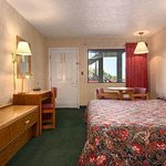 Photo de Super 8 Motel - Wytheville