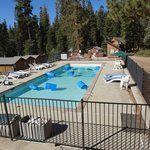 Montecito Sequoia Lodge resmi