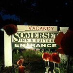 Somerset Inn & Suitesの写真
