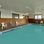 Φωτογραφία: Super 8 Motel Bourbonnais / Kankakee Area