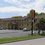 Super 8 Independence/Kansas City Area