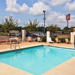 Photo of Red Roof Inn & Suites Jackson - Brandon