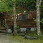 Photo de Rustic Log Cabins